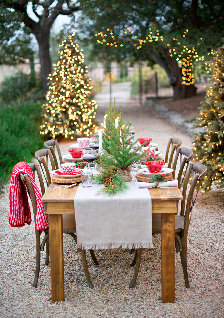 christmas tablescape ideas crate and barrel blog. Black Bedroom Furniture Sets. Home Design Ideas